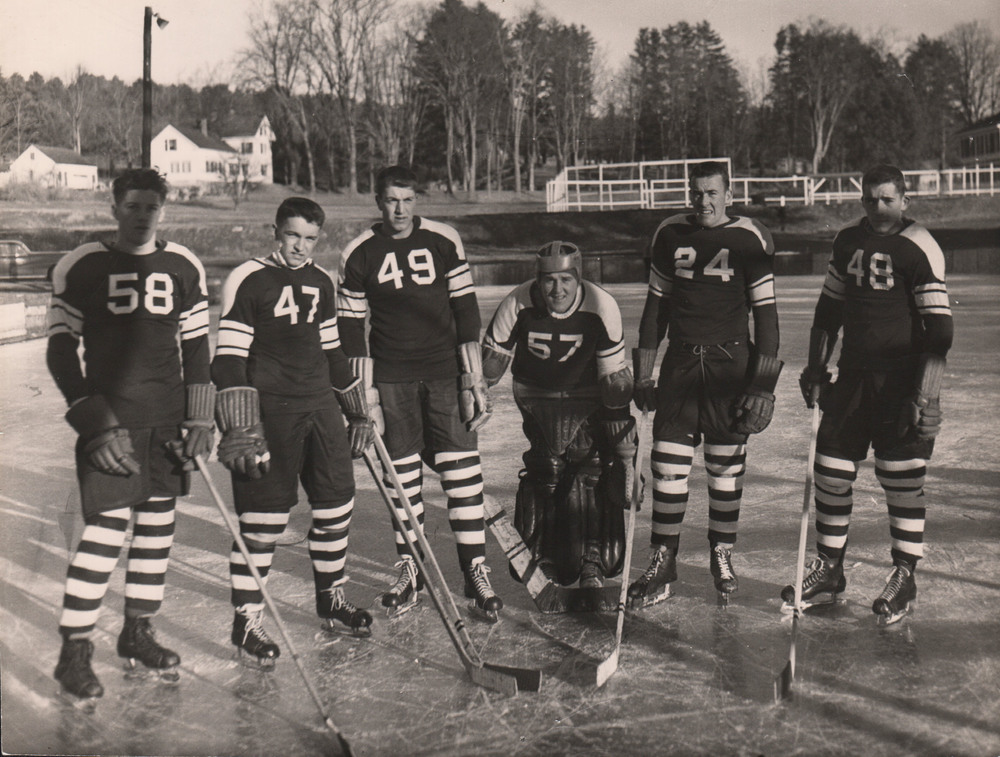 005Hockey.jpg