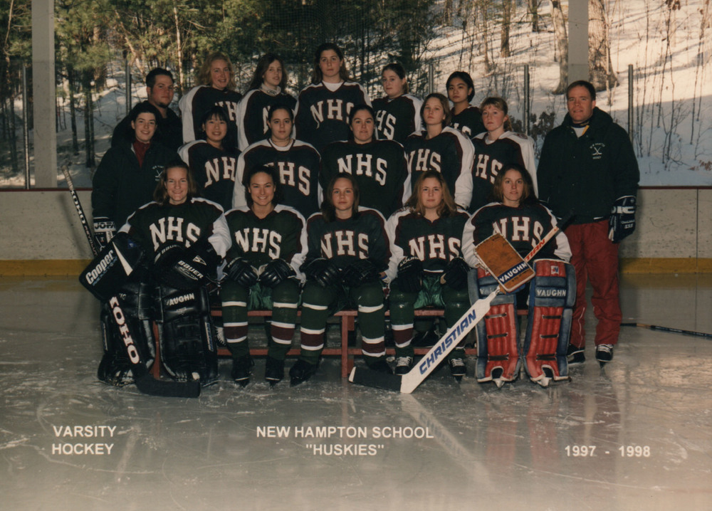 006Hockey.Womens.1997.jpg