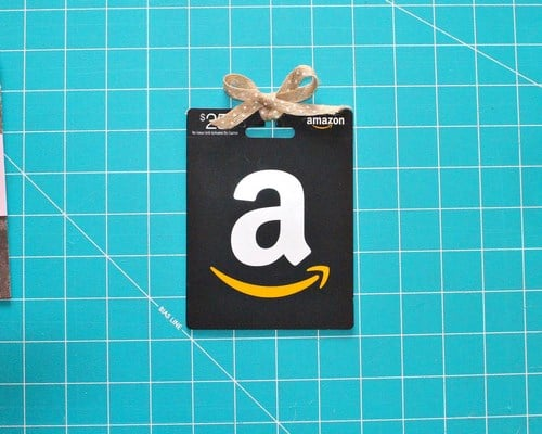 Quick and Easy Present Gift Card Holders -MIY with Melissa