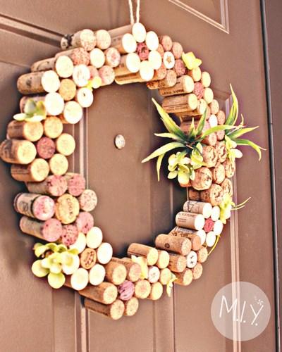 Wine Cork Flower Wreath Summer Decor Tutorial -MIY with Melissa