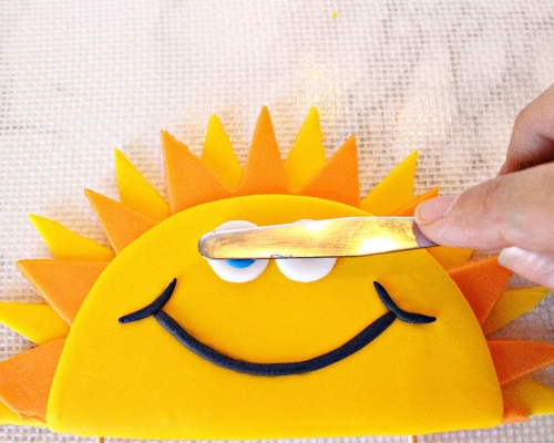 Easy DIY Fun in the Sun Gumpaste Cake Topper -MIY with Melissa