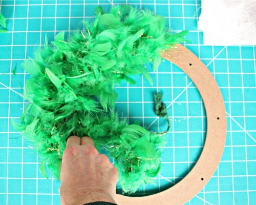 Easy St. Patrick's Day Feather Wreath Tutorial -MIY with Melissa