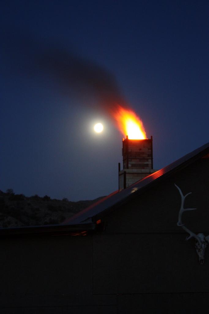 Heavy Stoke toward Moon