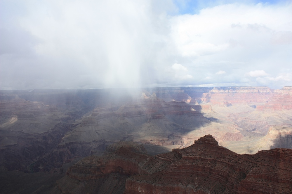 Rain and Snow fall over the Canyon
