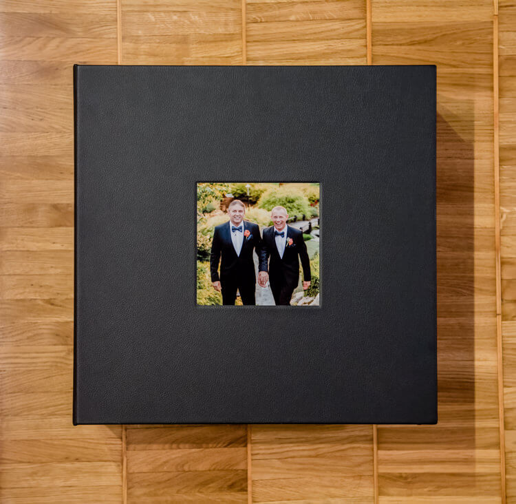 Leather-albums-boxes-guestbook-001.jpg