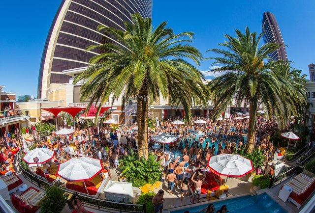 ENCORE BEACH CLUB | LAS VEGAS  - 2016 RESIDENT DJ