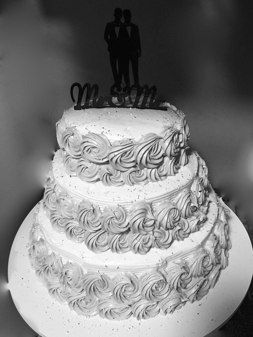 b&w wedding.jpg