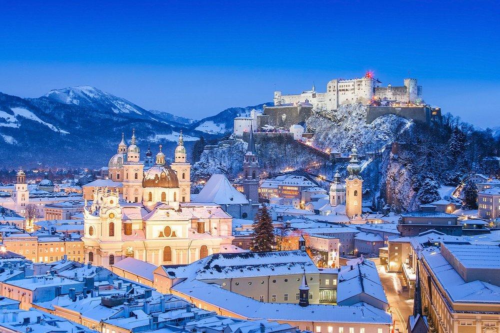magicalchristmasmarkets_AUSTRIA_Salzburg_WinterSnow_ss_126367373_gallery.jpg