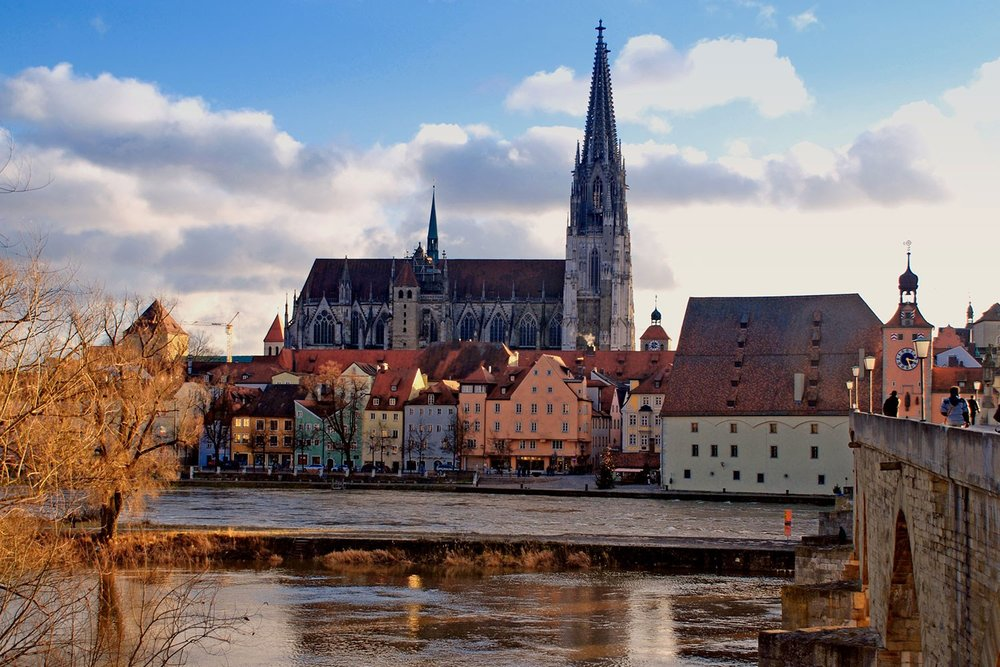 magicalchristmasmarkets_regensburg_winter_ss_92524177_gallery.jpg