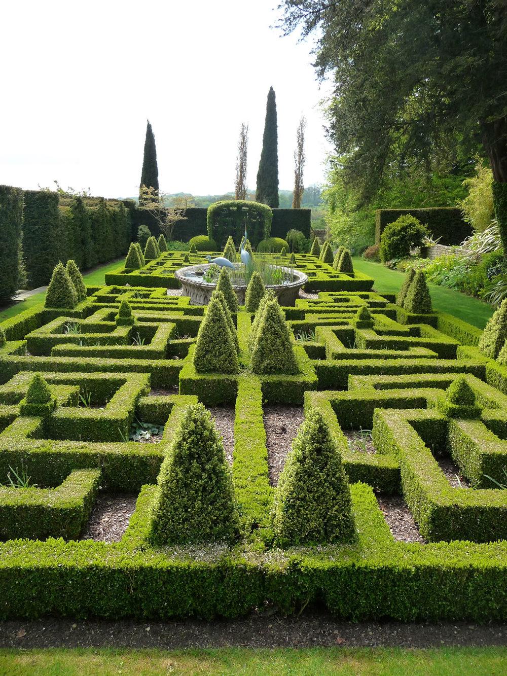 bourton-house-garden-knot-garden.jpg