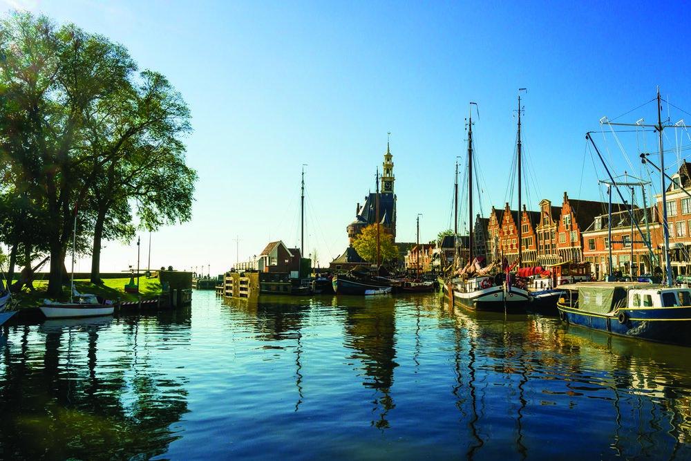TulipTime_Netherlands_Hoorn_iStock_80695609_gallery.jpg