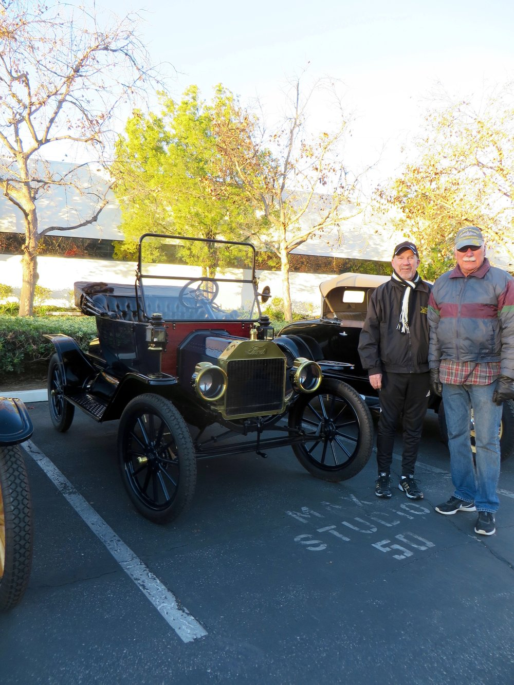 Larry Smith 1913 Ford.jpg