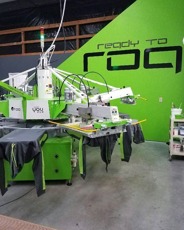 WOW! @cutting.edge.graphics are some freakin' ROQSTARS! 🤘 #poweringtheprint #ROQ #ROQout #screenprinting #printlife @roqintl