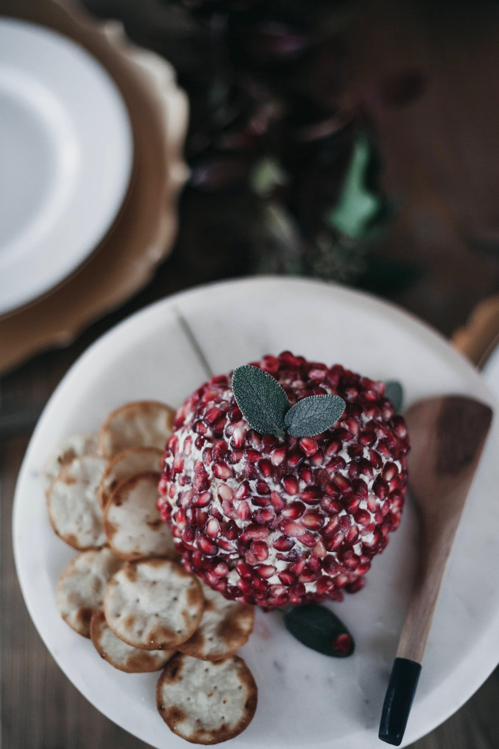 pomegranate cheeseball.jpg