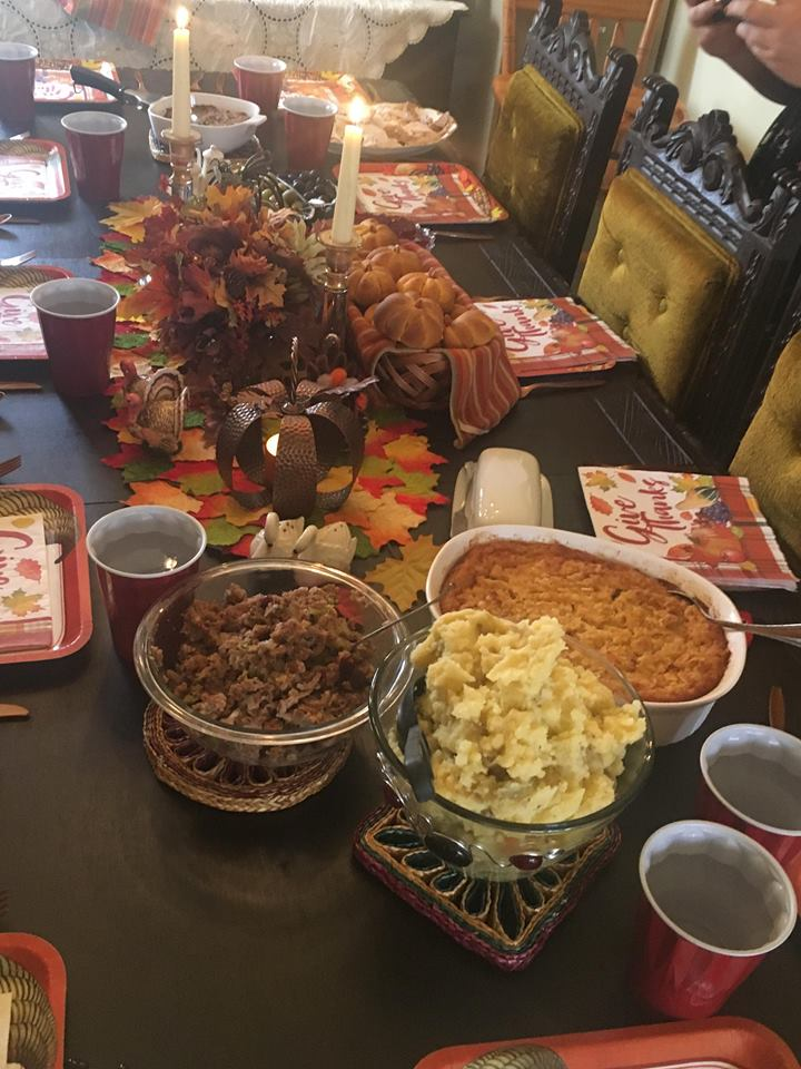 Mom's beautiful table - pay no attention to the lumpy mashed potatoes.