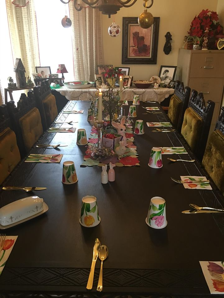Mom's table always looks beautiful <3