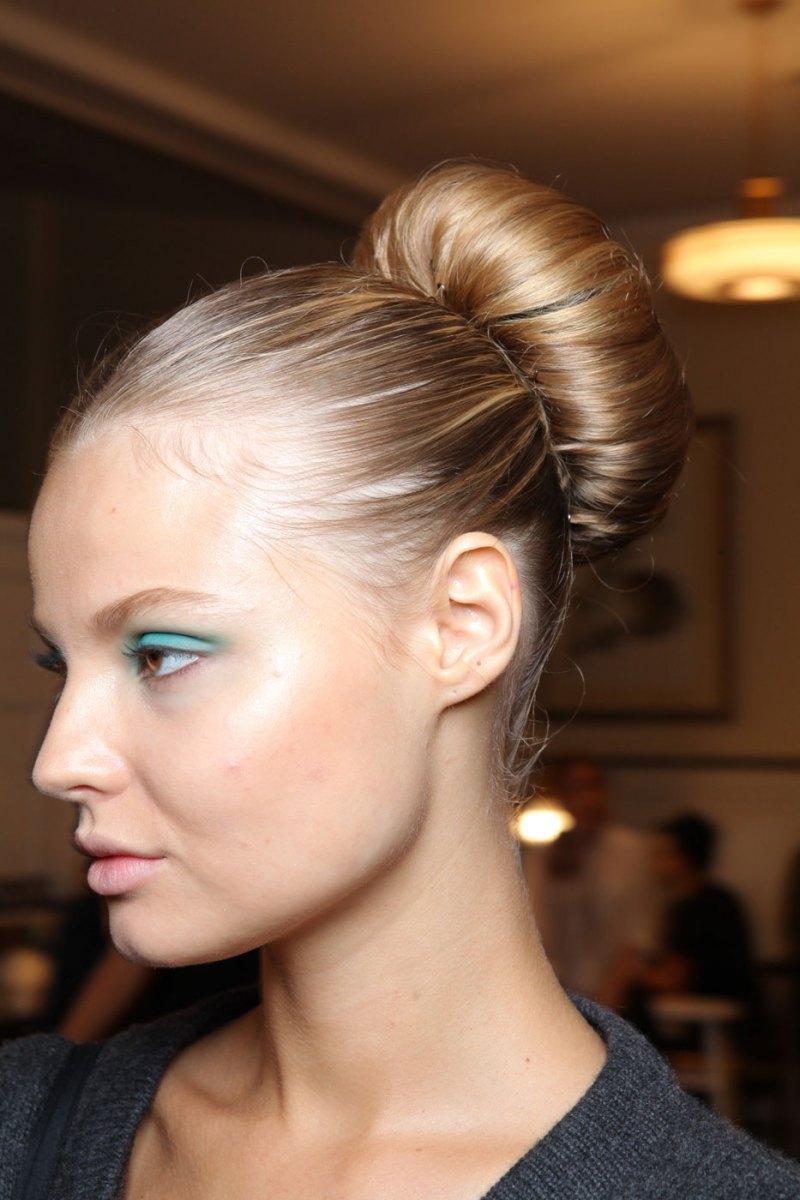 Ballerina-Bun-Hairstyle.jpg