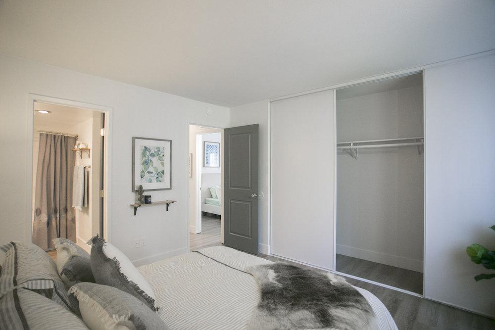 River Oaks Bedroom and closet