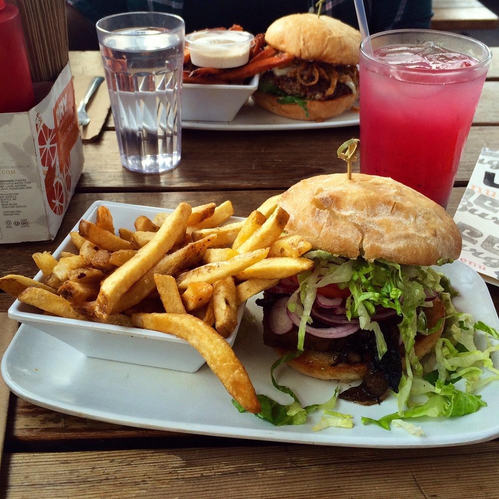 Crispy Emmer Veggie Burger