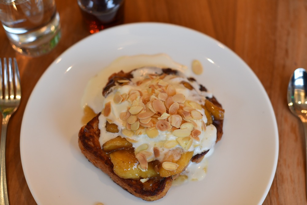 Brioche french toast with vanilla cream and almonds