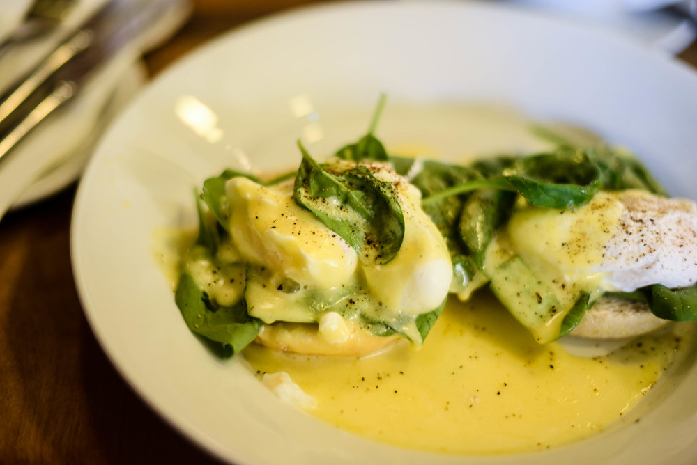 Cafe Gandolfi: Eggs Florentine