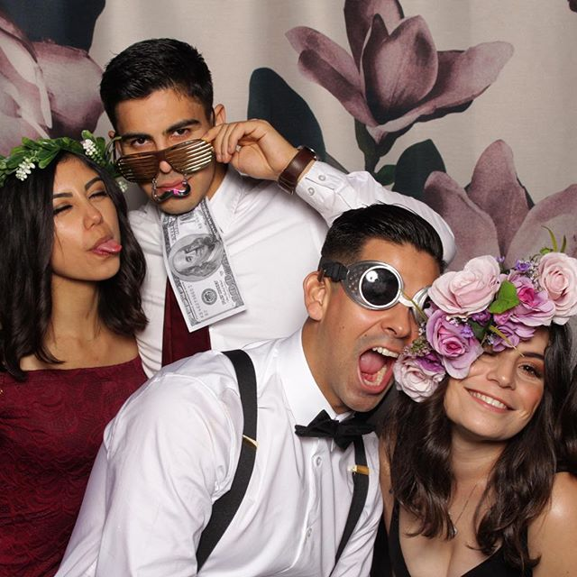 Brianna & Giovanni's Wedding  aka The wild bunch ! #retrogifbooth #briovanni #photoboothwedding #kimmyboughtabus