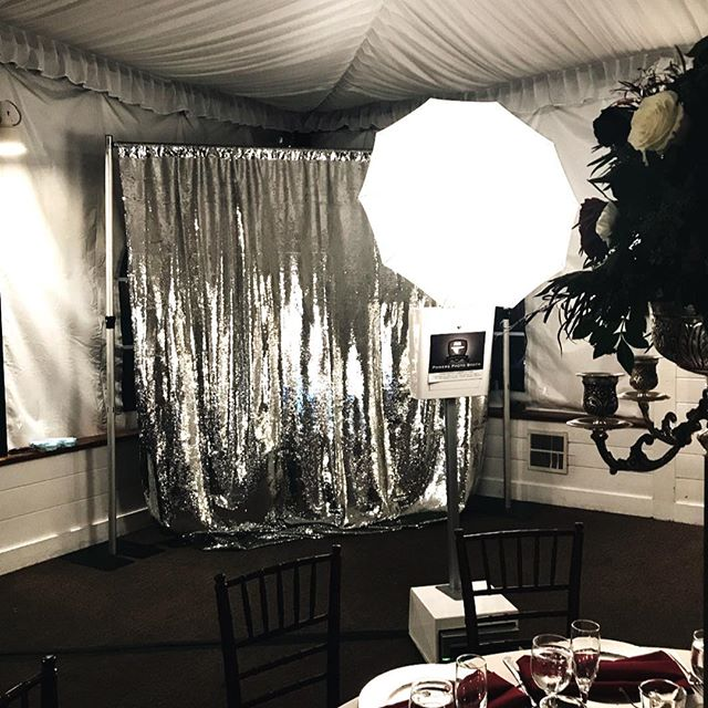 Gorgeous silver backdrop 🍾Congrats to Katie & Chris ! Dec 1st, 2018 #luxuryphotobooth #greengables