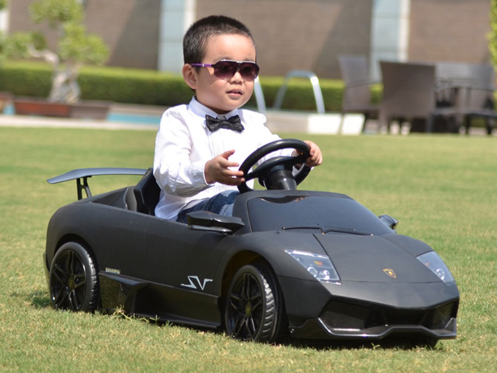 kalee-lamborghini-murcielago-lp670-black-12-volt-kids-ride-on-sports-car-4.jpg