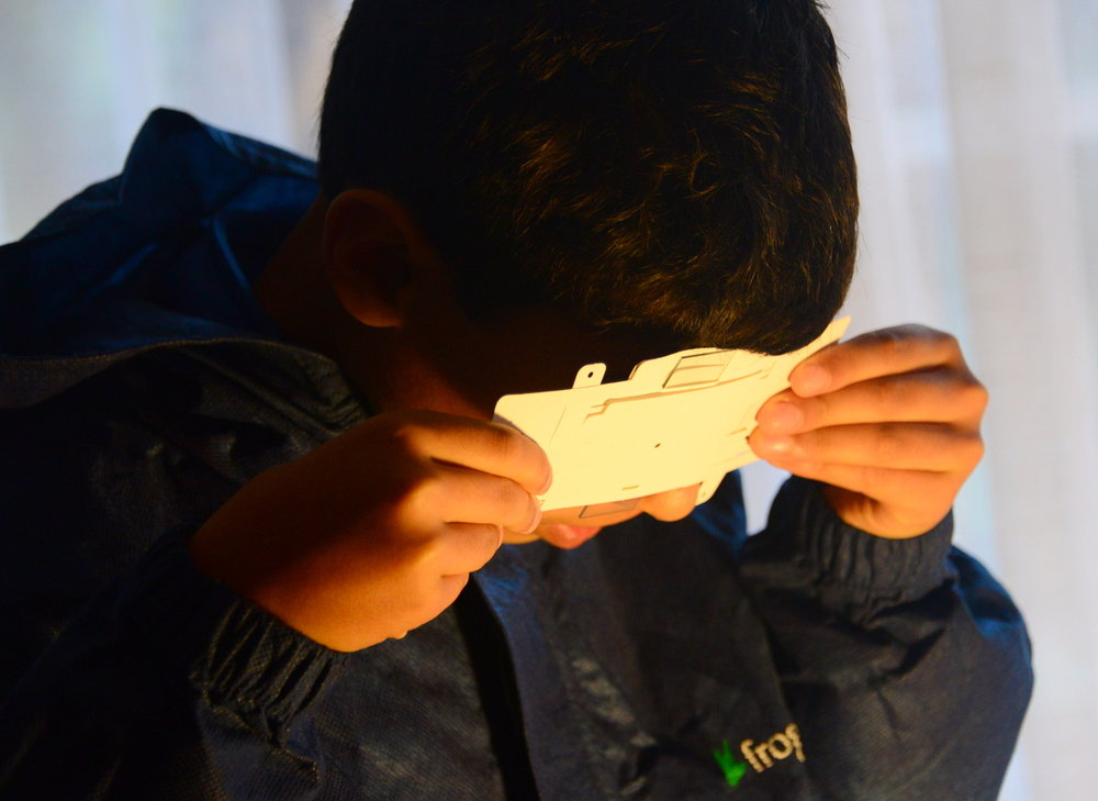 Using a desk lamp for Foldscope illumination