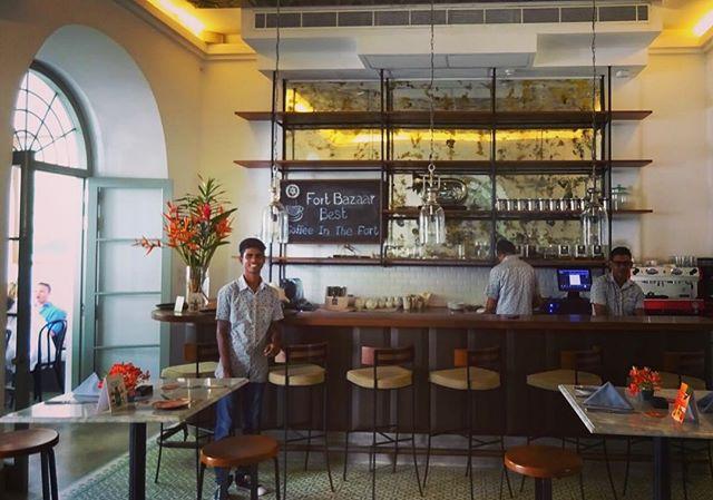 Best coffee in Galle fort ☕️ 🏰 . . . . . #srilankatravel #galle #gallefort #fortbazaar #coffee #caffeinefix #coffeetravel #location #hotel #venue #srilanka #indianocean #creative #interiordesign #shelves #decor #coffeeshop #lunch #stroll