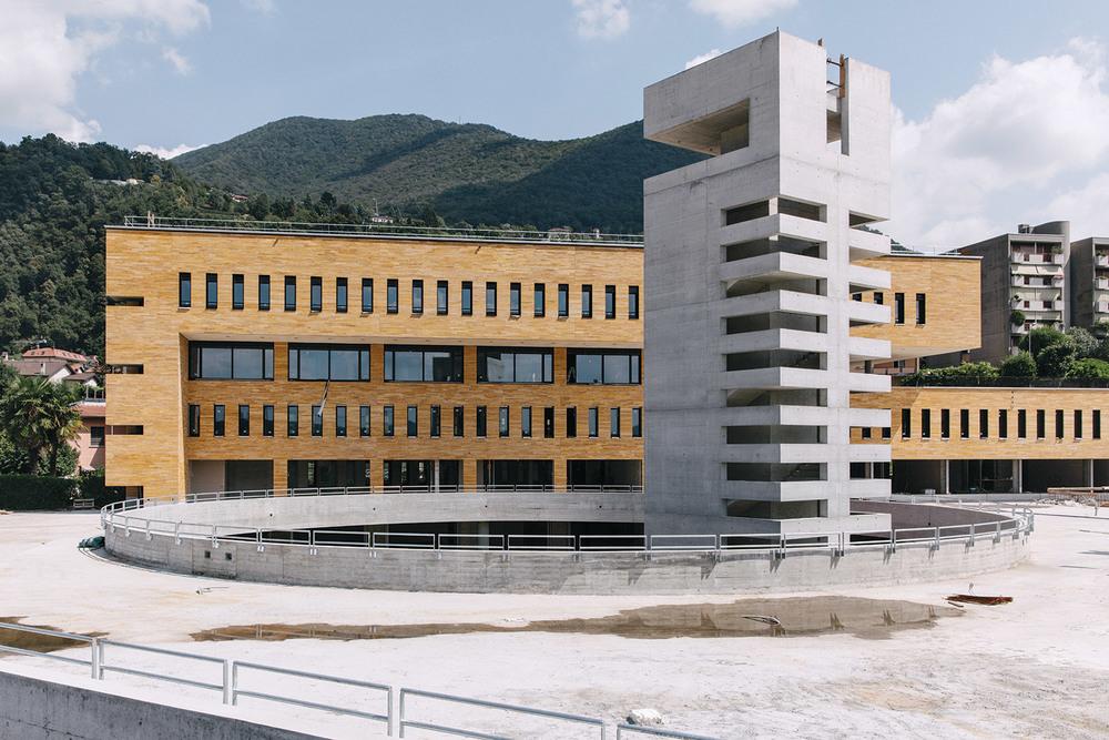 Universita Svizzera Italiana Mendrisio   ....Mikropfähle und Verankerungen ..Micropali e ancoraggi....
