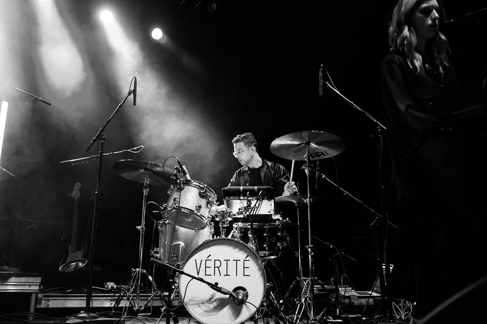 With VÉRITÉ on tour with Betty Who, Spring 2017