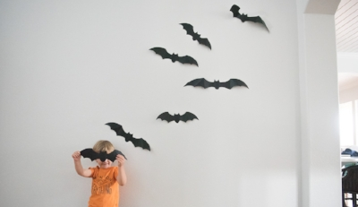 simple and easy halloween decor bats