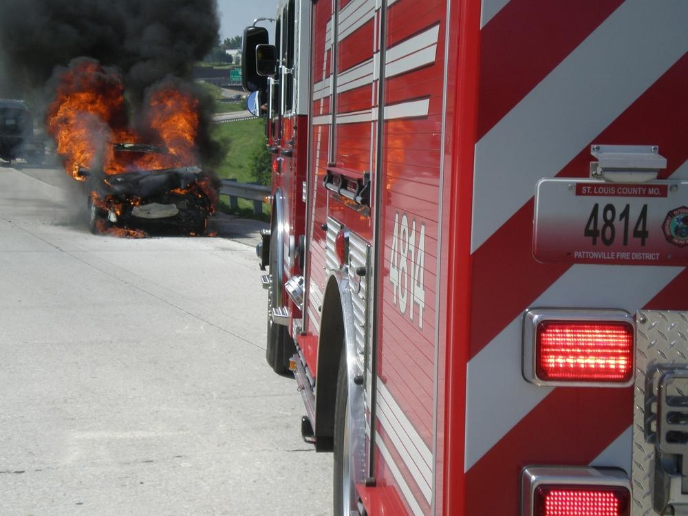 A Shift car fire 003.jpg