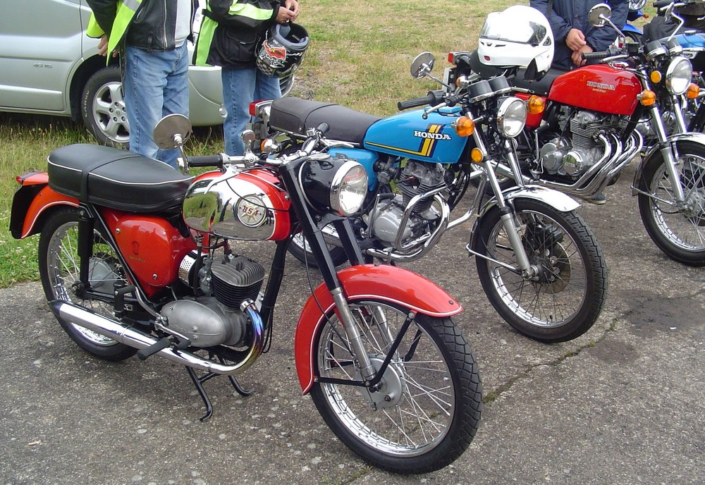 Classic_vintage_bike_day2015_close-up5.JPG