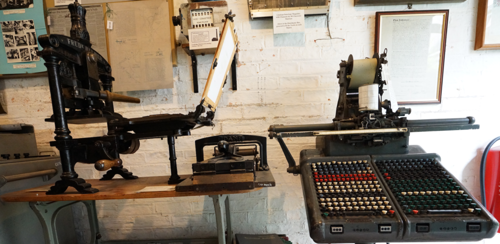 9Cambridge_Museum_of_Technology_Linotype_close-up_YiminDing_Aug2016.png