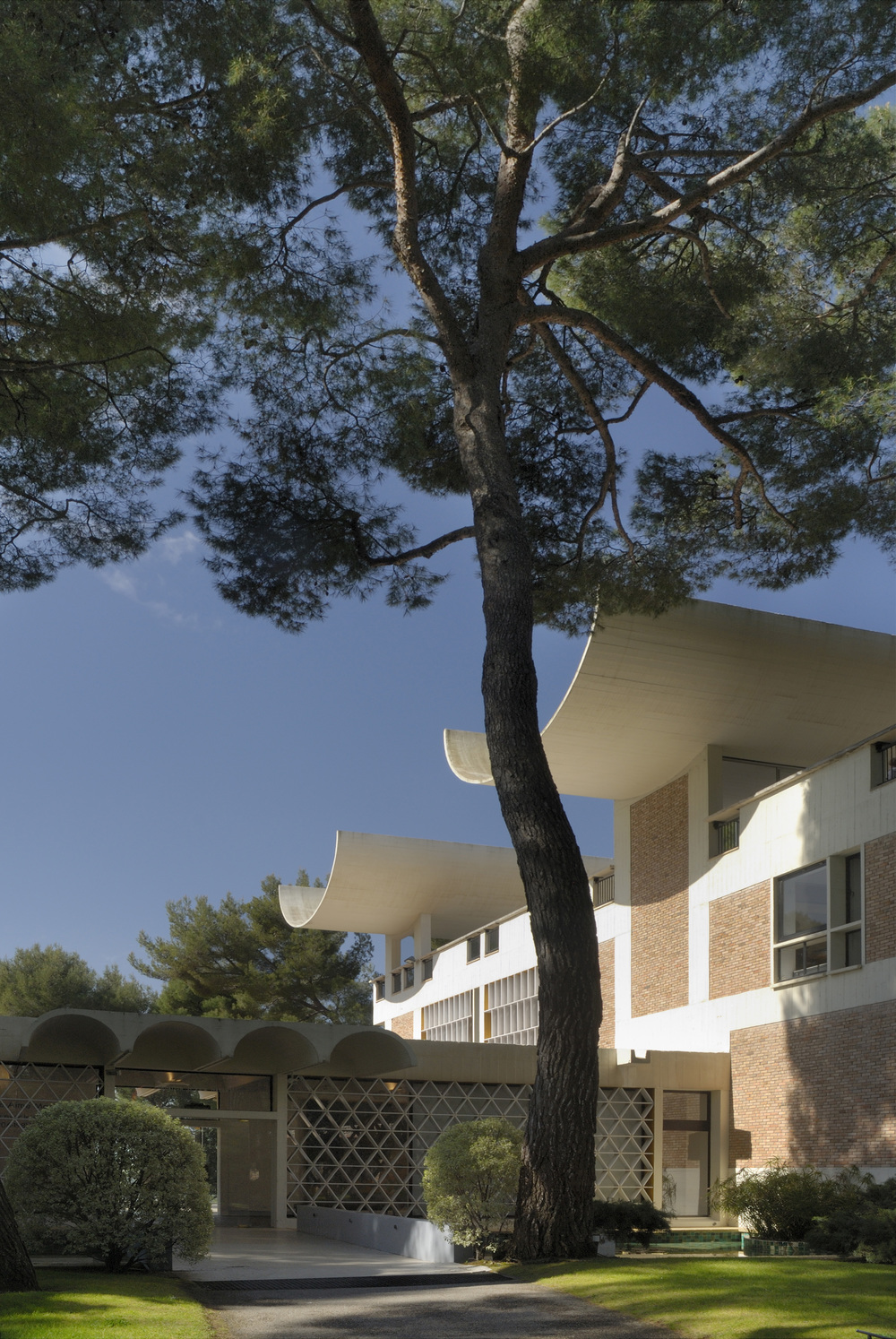 Fondation Maeght à Saint-Paul de Vence  Photo Jean-Jacques L'Héritier   © Archives Fondation Maeght.