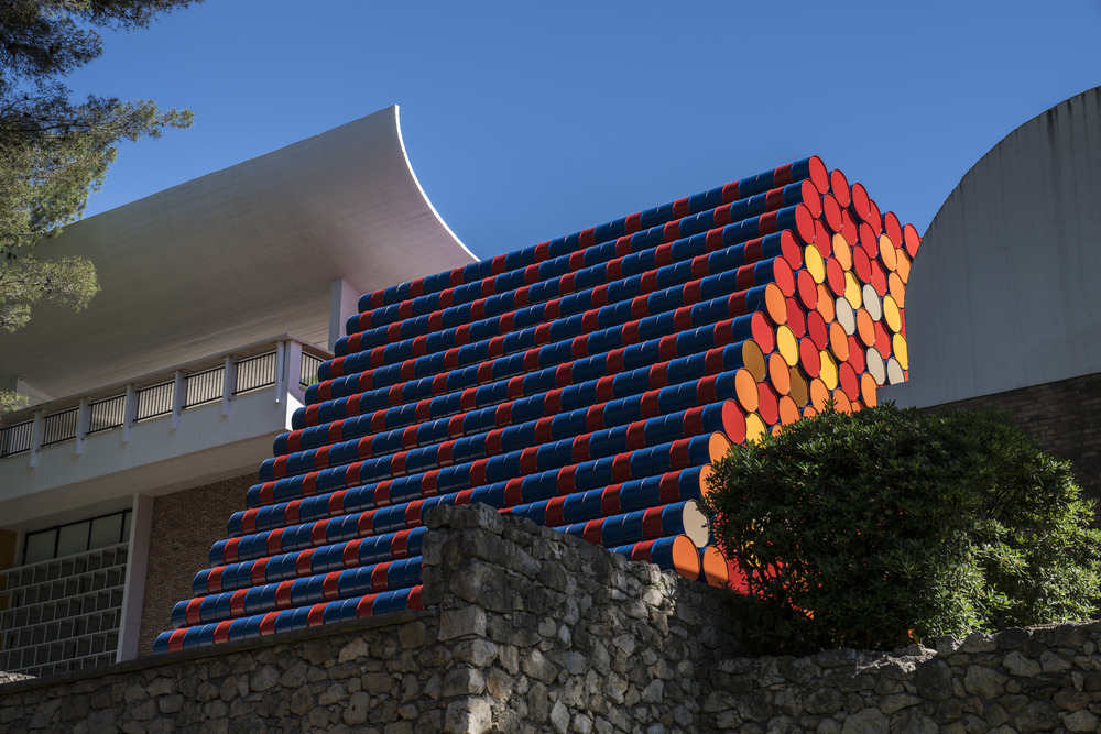 Le mastaba de la Fondation Maeght  Photo : Wolfgang Volz  © Christo 2016