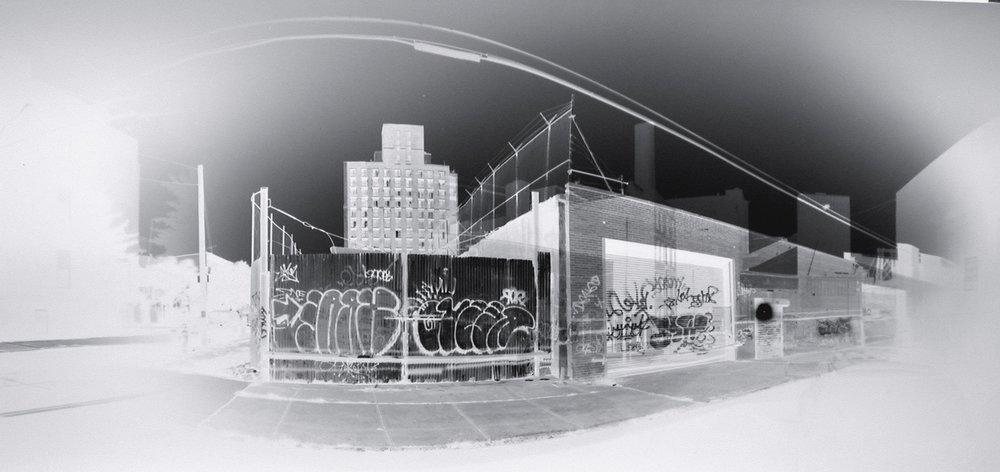 Graffiti Gate(2004) Claire Lesteven Courtoisie H Gallery, Paris