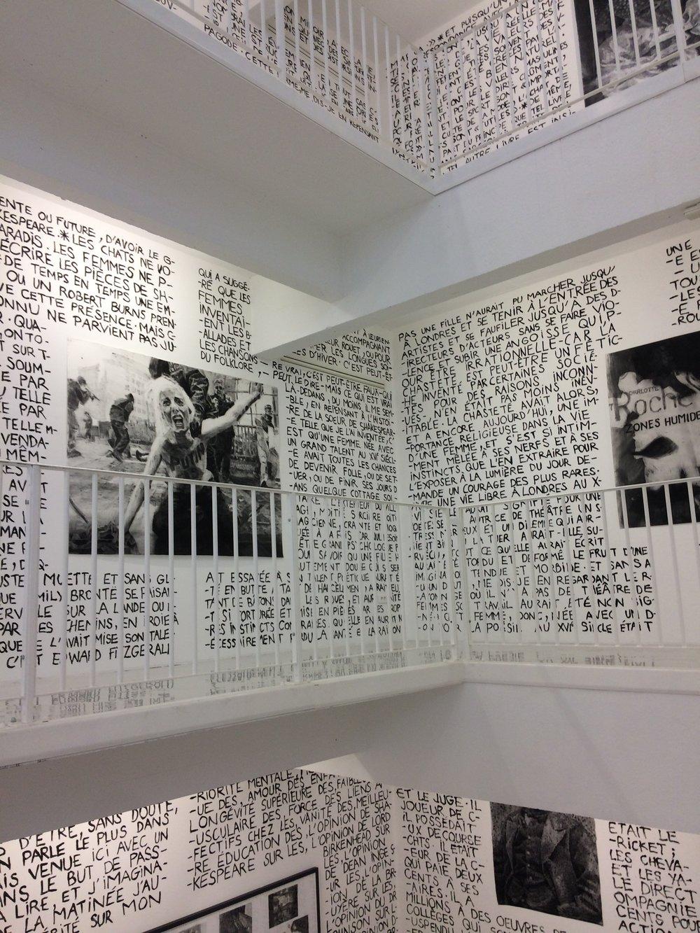 Vue d'exposition,«Garance – Portrait d'une jeune fille »,Jérôme Zonder  Transpalette, Bourges  Photo : CT