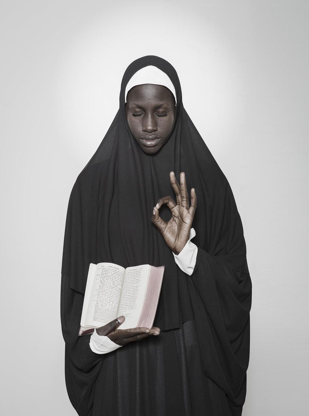 Holy 1  – série  Vues de l'esprit  (2014)  Fabrice Monteiro  Courtesy MEG + Fabrice Monteiro