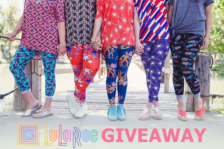 c3fc49f4f3baf5 From Hater to Fan Girl: My LuLaRoe Capsule Challenge — MappCraft