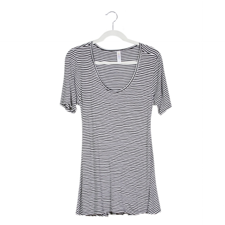 10 Key Pieces: LuLaRoe Perfect Tee, Striped