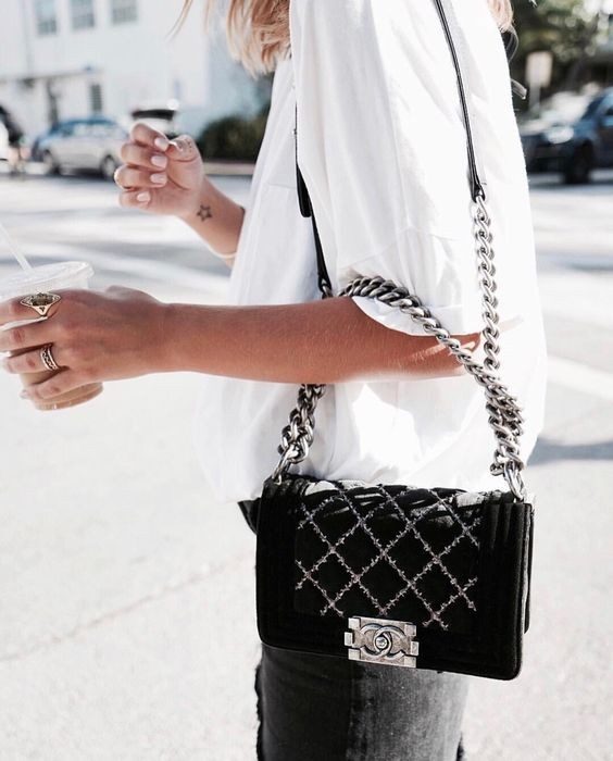 Tiny Closet Tons of Style | Rewarding myself for a year of new shopping with a Chanel Boy Bag