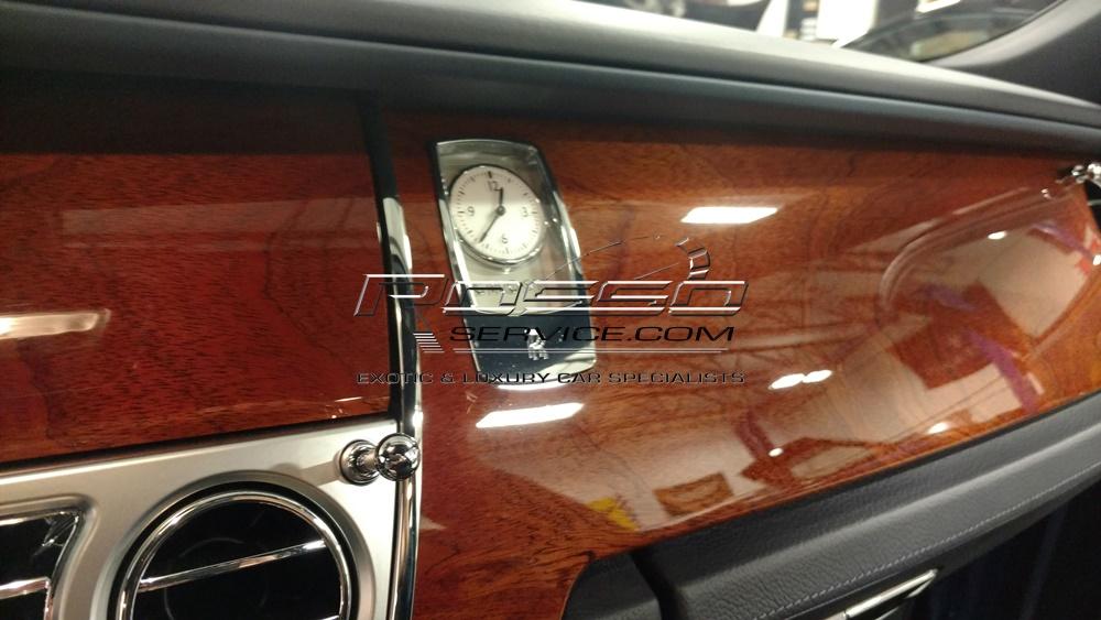Rolls Royce Ghost dash.jpg
