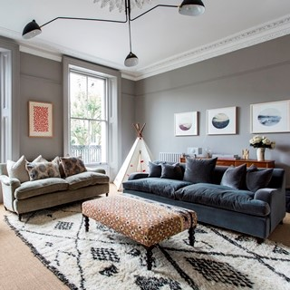 LADY MARGARET ROAD II Highbury, London  Sleeps 7-8  |  Bedrooms 4  |  Bathrooms 2  Terrace Barbecue Spacious dining GBP 419 / night View home