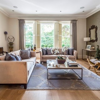 ONSLOW SQUARE VII South Kensington, London  Sleeps 6  |  Bedrooms 3  |  Bathrooms 3  Two sitting rooms Three ensuite bathrooms Garden dining GBP 926 / night View home