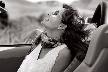 cc_lifestyle_ferrari-woman.jpg