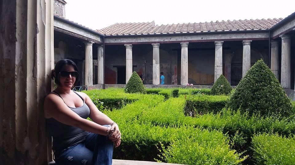 Maria Umpierre - Travel Advisor/Social Media - Travel Hub 365