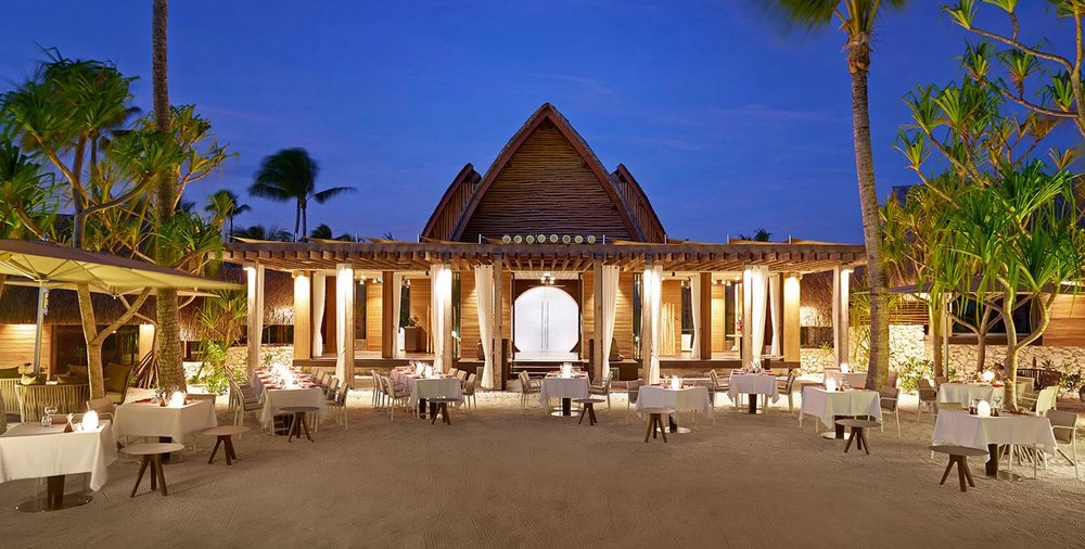 BRANDO_Restaurant-BeachDining-twilight-1-1640x830.jpg